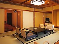 鬼怒川温泉 あさや 和洋室。すべての客室に温泉が引かれている。