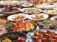 ホテルサンバレー那須 【ファミリー】和洋・中のバイキング会場があり、宿泊棟や宿泊プランによって会場を選択できる。チャイルドチェア・ベビーチェア、お子様用食器、使い捨てエプロンも準備。