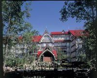 ホテルグリーンプラザ軽井沢 奥軽井沢に佇む高原リゾートホテル。源泉掛け流しの温泉は温泉ソムリエも太鼓判を押す泉質。