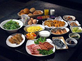 ホテルビスタ札幌[大通](旧:ウォーターマークホテル札幌) 道内食材を中心とした和食・洋食の朝食バイキング