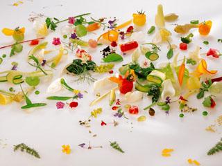 ザ・ウィンザーホテル洞爺リゾート&スパ 多彩なレストランでは一流シェフが厳選食材を使用