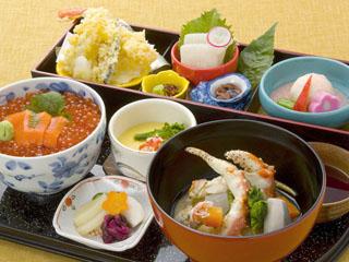 ニューオータニイン札幌 旅行客に人気の和食御前。北海道産の魚介をたっぷり味わえます