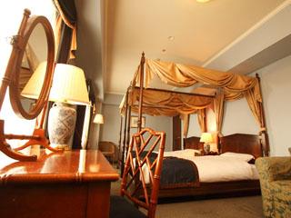 ホテルモントレ札幌 天蓋付きデラックスツイン(30平米)。ディテールに竹を使いオリエンタルな雰囲気