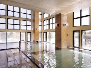 ホテル鹿の湯 大浴場真下から湧き出る名湯・鹿の湯を満喫