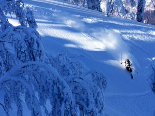 ルスツリゾートホテル&コンベンション 3つの山にまたがる全37コースのスキー場も北海道No1