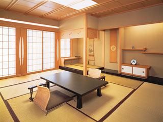 割烹旅館若松 どのお部屋からも津軽海峡が望めます。(客室一例)