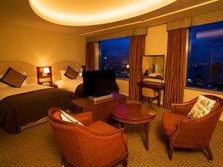 札幌プリンスホテル 22~27階にある、大きな窓と開放感あふれる42平米のデラックスツインルーム