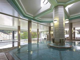 登別温泉を代表する、お風呂自慢の老舗旅館