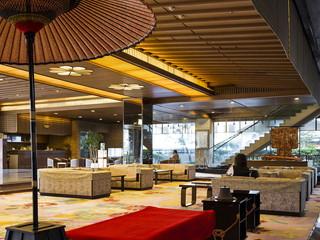 函館湯の川温泉 湯元 啄木亭 総御影石と絨毯を敷き詰め気品あふれる安らぎの空間