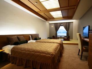 洞爺サンパレス リゾート&スパ 和の寛ぎとモダンな洋の設えが一つになった和洋室