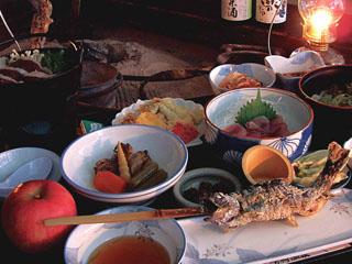 ランプの宿青荷温泉 旬の食材を使った昔ながらの田舎料理をご堪能下さい