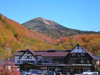 酸ケ湯温泉旅館 国立公園内八甲田山中に在り十和田湖・津軽下北半島への観光の拠点。