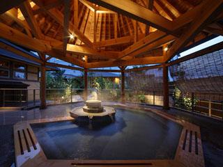 ホテル紫苑 源泉かけ流しの「南部曲り家の湯」