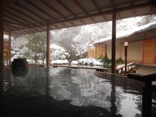 ホテルニュー水戸屋 「水心鏡」からの雪景色