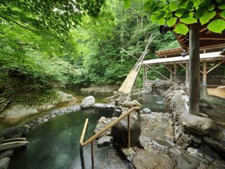 ゆづくしSalon一の坊 3つの露天風呂の中で一番人気の「広瀬川源流露天風呂」