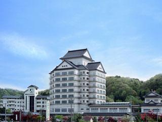 秋保グランドホテル 秋保温泉の中で、ライトアップされた幻想的な磊々峡が露天風呂から一望できる唯一の宿。