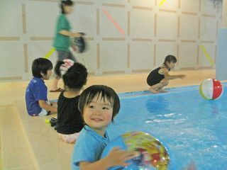 鷹泉閣 岩松旅館 子どもたちも喜ぶ温泉プール ♪