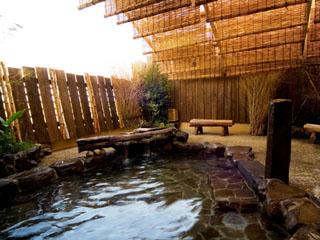 中通温泉 こまちの湯 ドーミーイン秋田 最上階の天然温泉大浴場には露天風呂も