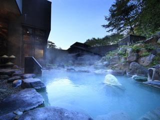 蔵王国際ホテル 2つの温度の異なる開放感溢れる露天風呂