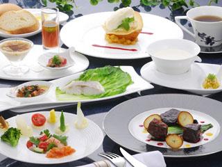 ロイヤルホテル 那須(旧:りんどう湖ロイヤルホテル) シェフこだわりのご夕食コースメニュー(フランス料理一例)