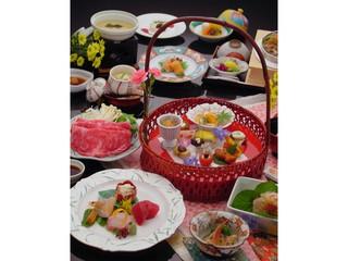 鬼怒川グランドホテル夢の季 地元・旬の素材を使った手作り京風籠盛会席