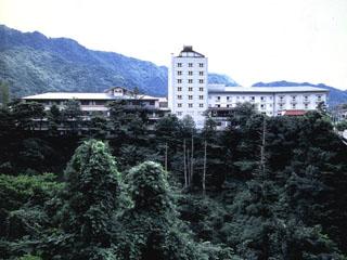 鬼怒川パークホテルズ 鬼怒川一木々溢れる温泉旅館。四季美しい鬼怒川の自然をお楽しみ下さい。