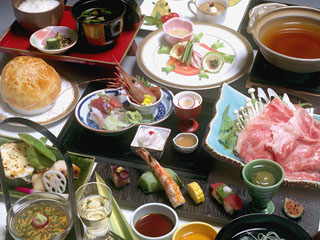 日光千姫物語 ご夕食は月替り懐石「千姫御膳」を中心にご用意