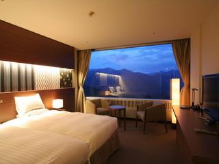 水上高原ホテル200 ワンランク上のスーペリアツインルームはゆったりとお過ごしいただけます