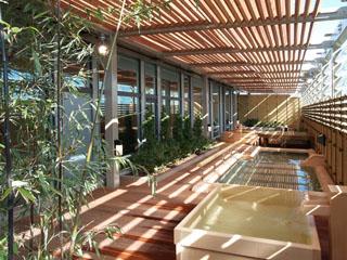 アパホテル&リゾート<東京ベイ幕張> 25時まで営業、宿泊者無料の大浴場&露天風呂