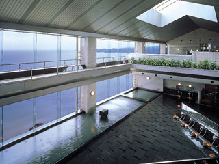 勝浦ホテル三日月 地上40mの絶景展望温泉