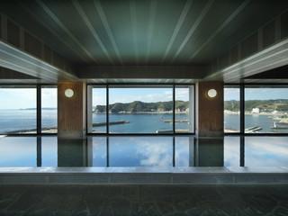 満ちてくる心の宿吉夢 広々とした浴槽と雄大な景色が自慢の大浴場