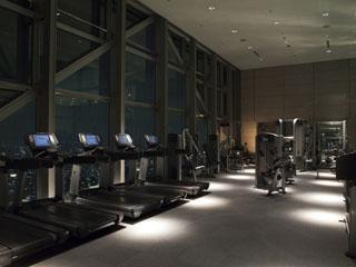 パークハイアット東京 47階「クラブ オン ザ パーク」ジム