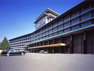 ホテルオークラ東京 和の伝統美を継承し、世界の賓客をもてなししてきた日本を代表する国際ホテル。