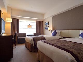 ホテルメトロポリタン 快適性・機能性を兼ね備えた落ち着いた雰囲気の客室