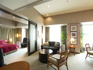 ロイヤルパークホテル ザ 汐留 77平米広々したスペースが特徴の最上階タワースイート