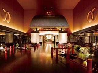 ホテル雅叙園東京 「招きの大門」は、お客様をお迎えする当園の象徴