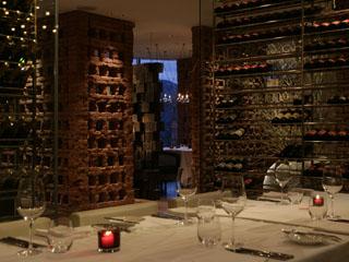 ハイアットリージェンシー箱根リゾート&スパ 「ダイニングルーム」はフランス料理や、旬の海の幸を鮨で堪能頂けるレストラン