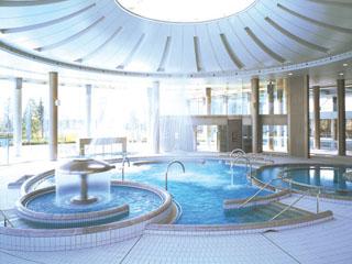 ヒルトン小田原リゾート&スパ バーデゾーン。天然温泉水使用のスパ施設