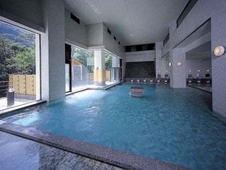 ホテルおかだ 湯量豊富な展望大浴場