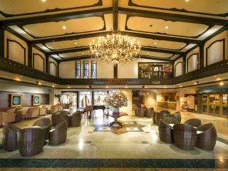 ホテルグリーンプラザ箱根 開放感にあふれた心地良い空間が広がるロビー
