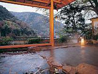 ホテル仙景 湯本の町並みを一望できる展望露天風呂