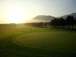 箱根仙石原プリンスホテル 敷地内には広大な大箱根ゴルフコースがあります