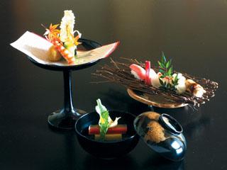 華の宿ふくや 夕食は京風懐石に創作寿司を取り入れた料理(イメージ)