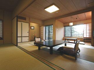 華の宿ふくや バリアフリーを意識した近代数寄屋造りの客室となっております