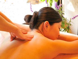 箱根エレカーサ ホテル&スパ オーガニックオイルを使用したエステで、非日常な極上の癒しを