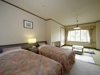 ホテルグリーンプラザ上越 634部屋の客室。和洋室・洋室・メゾネットの3タイプある