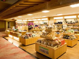 ホテル小柳 売店にはプライベートブランド商品も多数ご用意いたしております