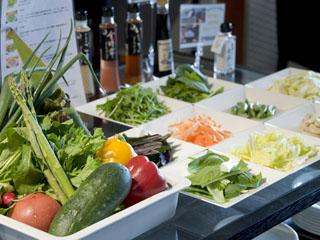加賀屋グループ 虹と海 ヘルシーな野菜を沢山使用した、健康的な朝食をご準備しております