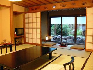 つるや 客室一例。どの客室も違った造りです
