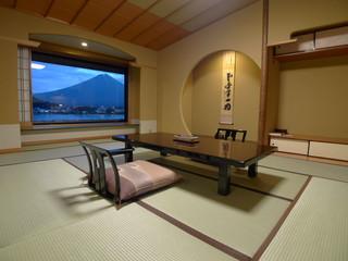湖山亭うぶや 純和風の7タイプのお部屋をご用意しております